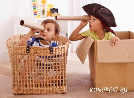 """Дети садятся в """"кораблики"""""""
