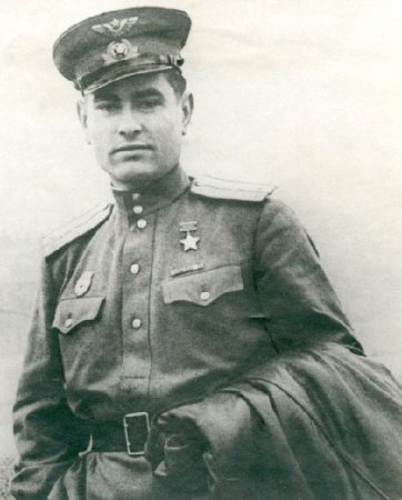 Маресьев А. П.(20.05.1916-18.05.2001 г.) советский военный летчик-истребитель