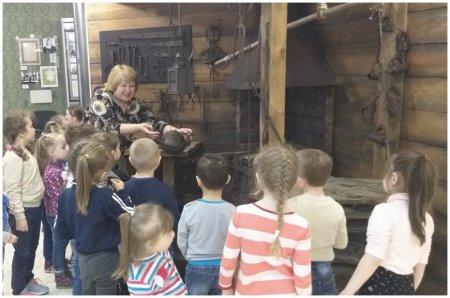 Экскурсия в музей с детьми старшей группы