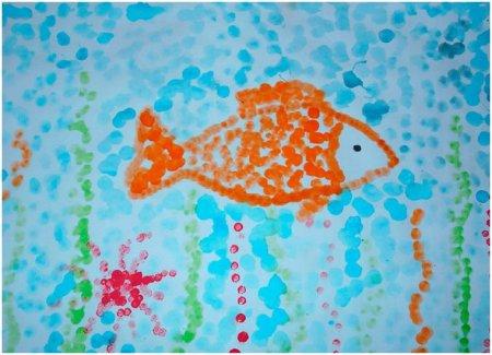 """Рисунок ватными палочками """"Рыбка"""""""