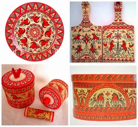 Изделия с мезенской росписью